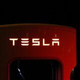 遠隔操作で車の性能を向上させる「OTA」とは